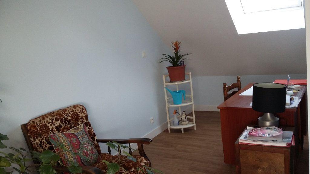 Maison à vendre 3 107m2 à Pont-Melvez vignette-5