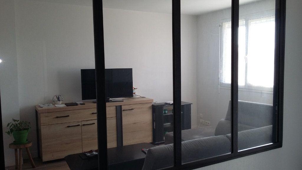 Maison à vendre 3 107m2 à Pont-Melvez vignette-9