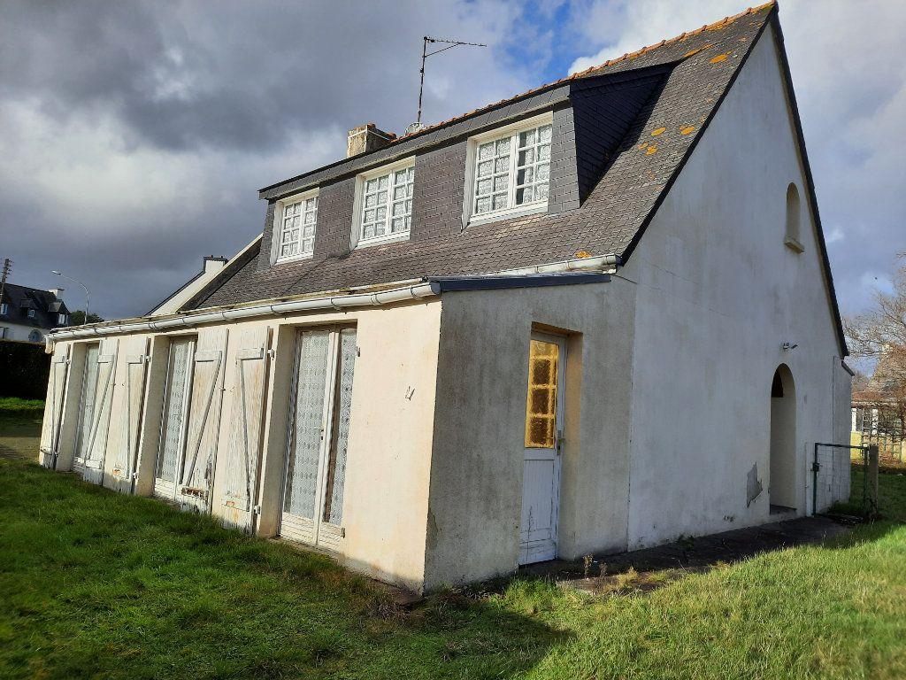 Maison à vendre 7 115m2 à Guingamp vignette-1