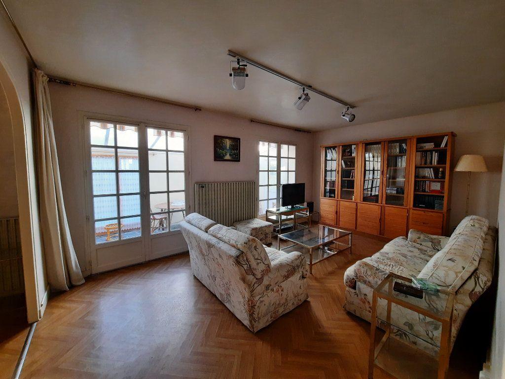 Maison à vendre 7 115m2 à Guingamp vignette-2