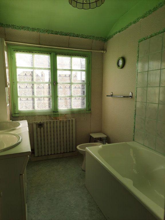 Maison à vendre 7 115m2 à Guingamp vignette-10