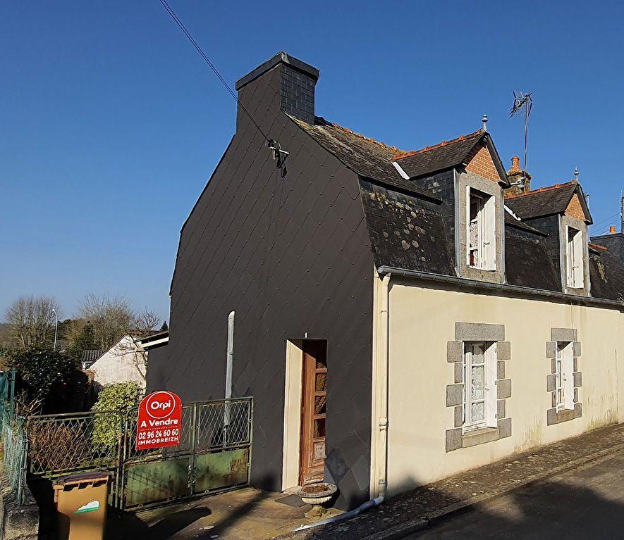 Maison à vendre 3 73.49m2 à Rostrenen vignette-1