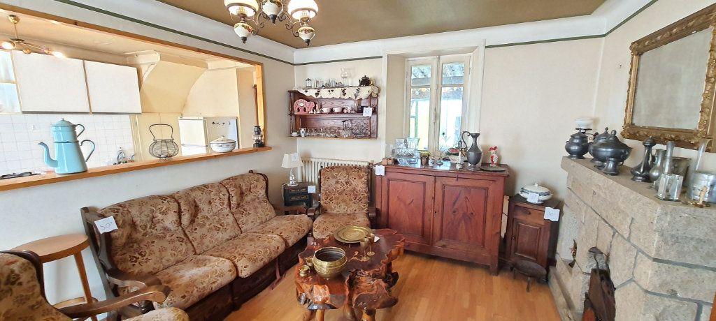 Maison à vendre 3 73.49m2 à Rostrenen vignette-3