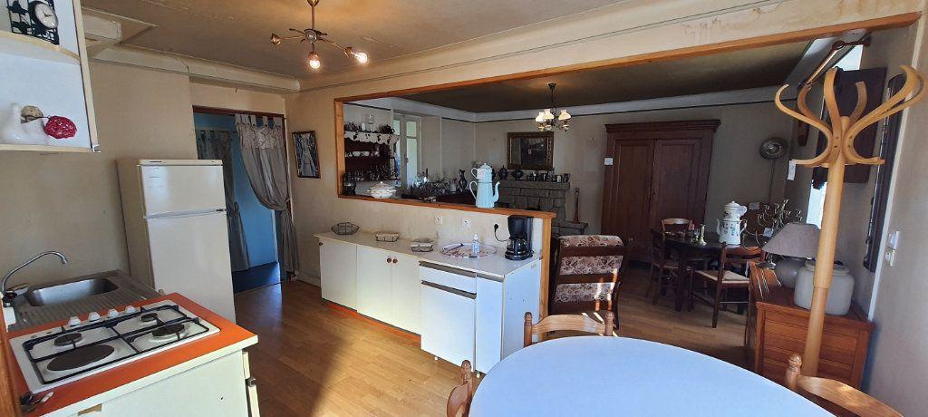 Maison à vendre 3 73.49m2 à Rostrenen vignette-4