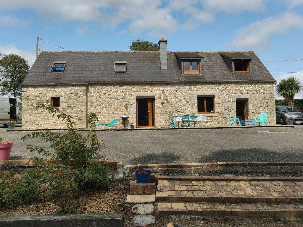 Maison à vendre 4 120m2 à Bourbriac vignette-1