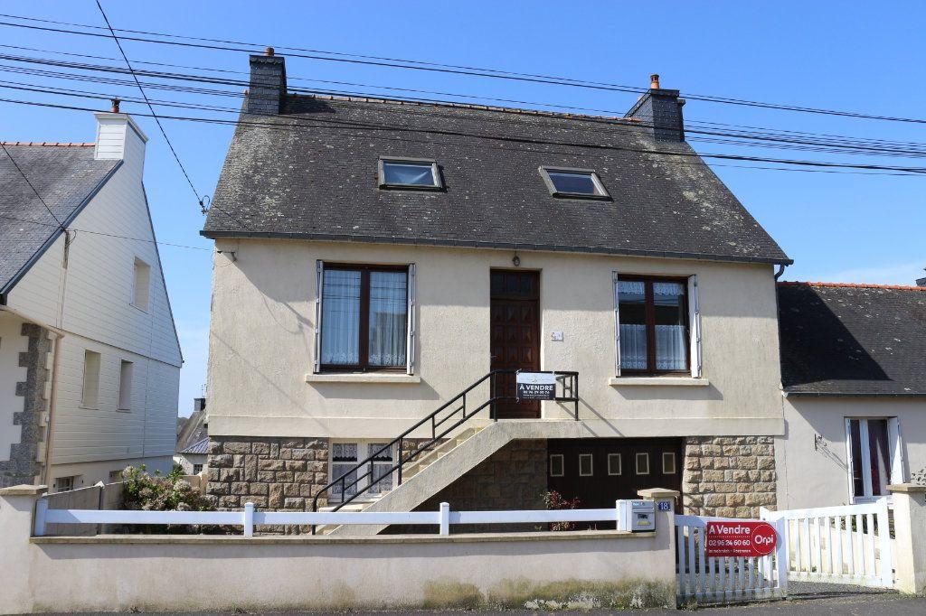 Maison à vendre 6 104m2 à Rostrenen vignette-1