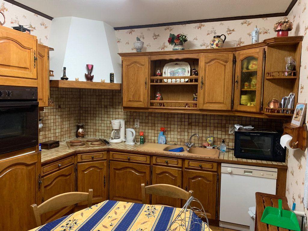 Maison à vendre 6 104m2 à Rostrenen vignette-6