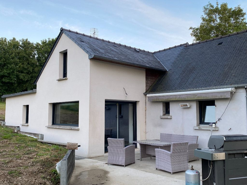 Maison à vendre 4 115.78m2 à Glomel vignette-2