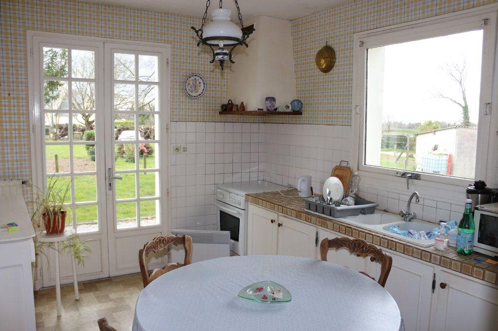 Maison à vendre 6 138m2 à Maël-Carhaix vignette-3