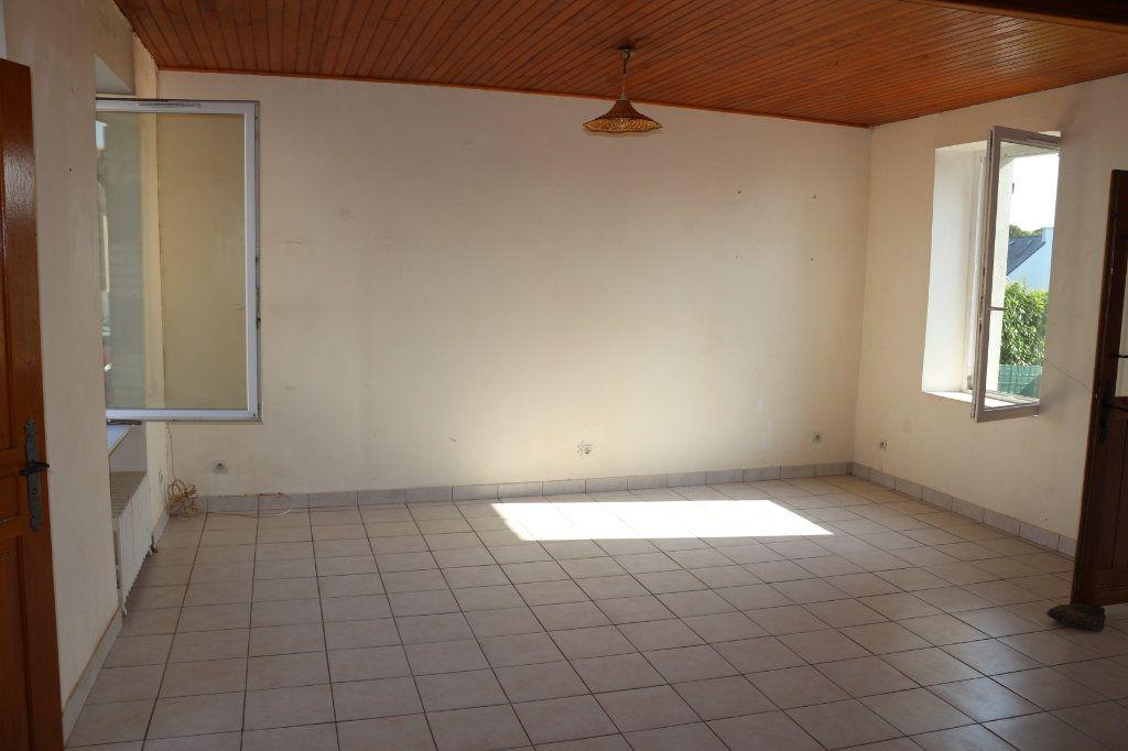 Maison à vendre 3 56.67m2 à Rostrenen vignette-3
