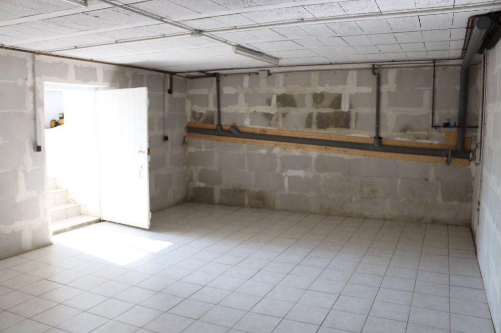 Maison à vendre 3 56.67m2 à Rostrenen vignette-6