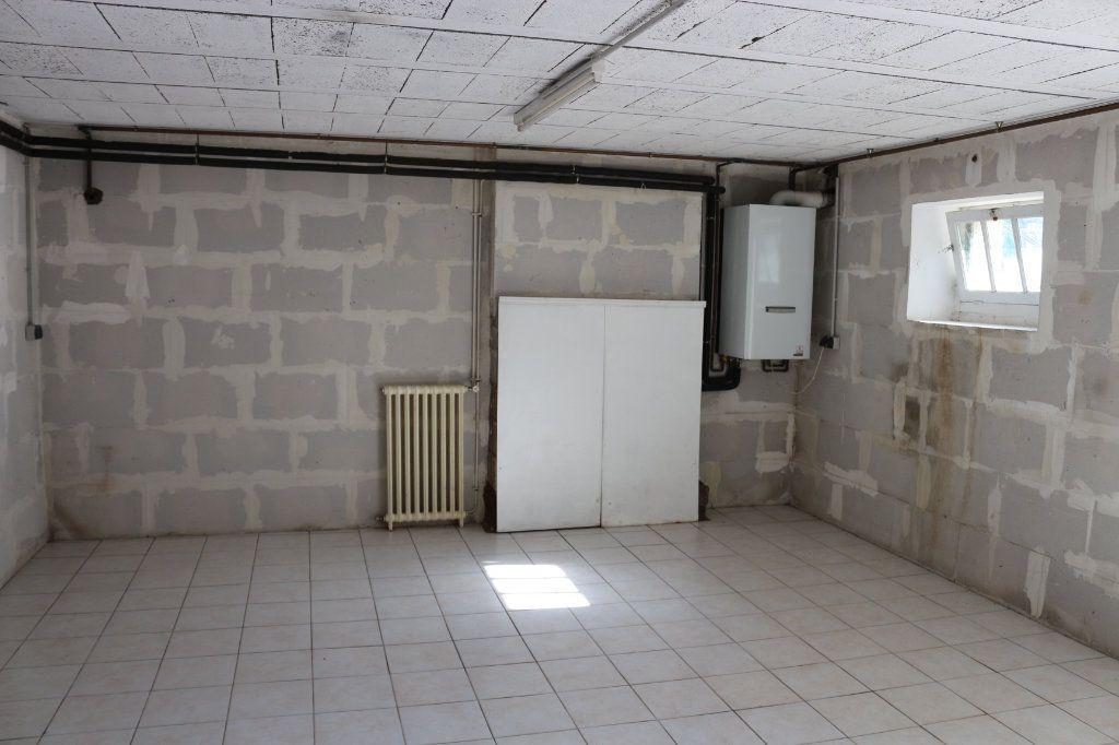 Maison à vendre 3 56.67m2 à Rostrenen vignette-7