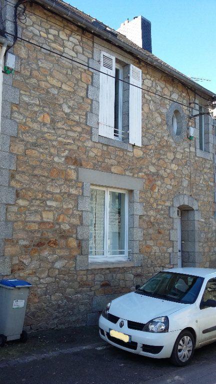 Maison à vendre 4 105m2 à Guingamp vignette-1