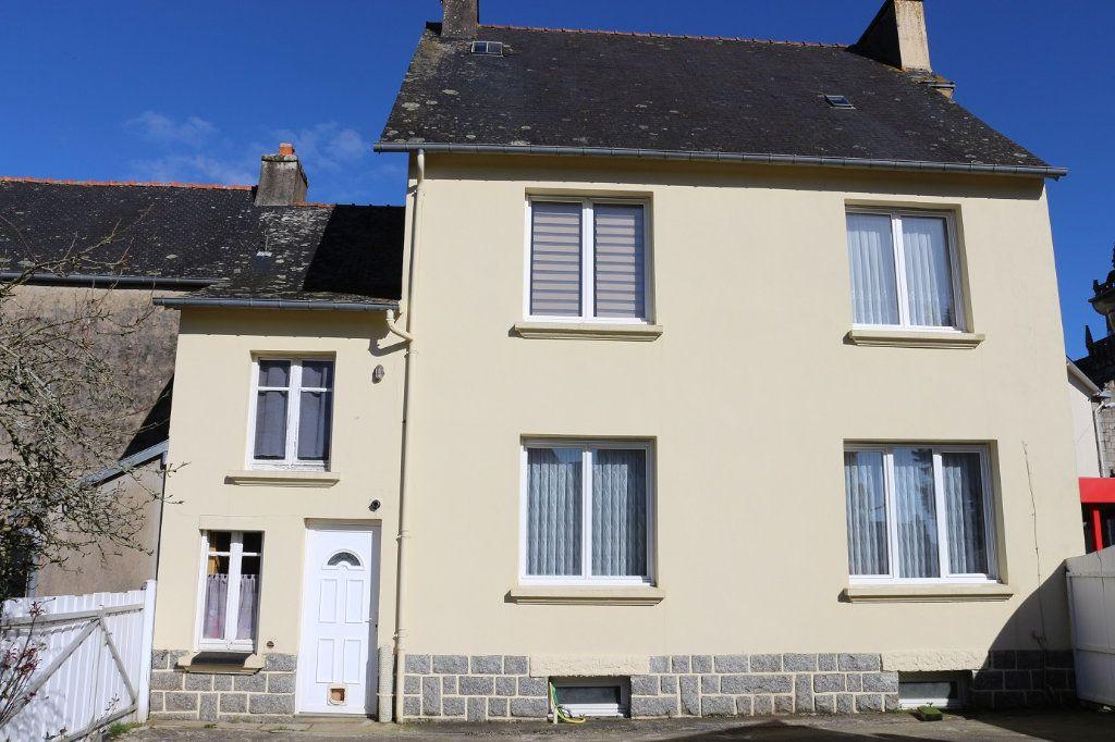 Maison à vendre 8 139m2 à Maël-Carhaix vignette-1