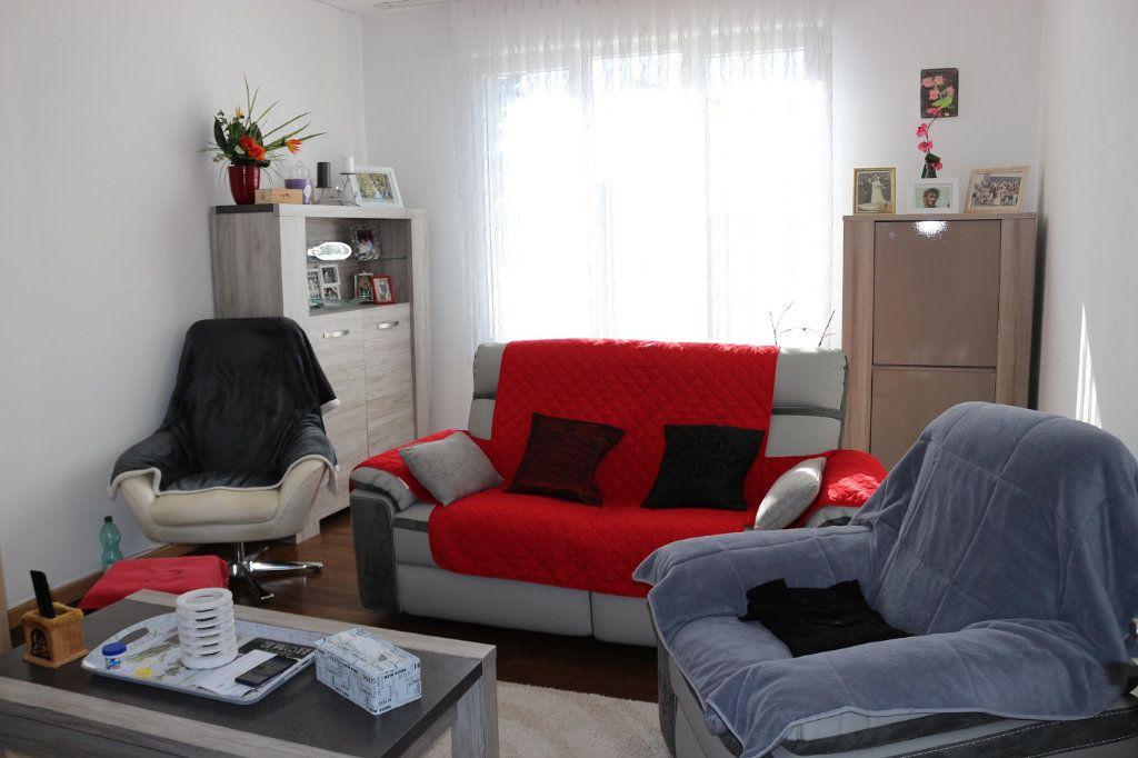 Maison à vendre 8 139m2 à Maël-Carhaix vignette-3