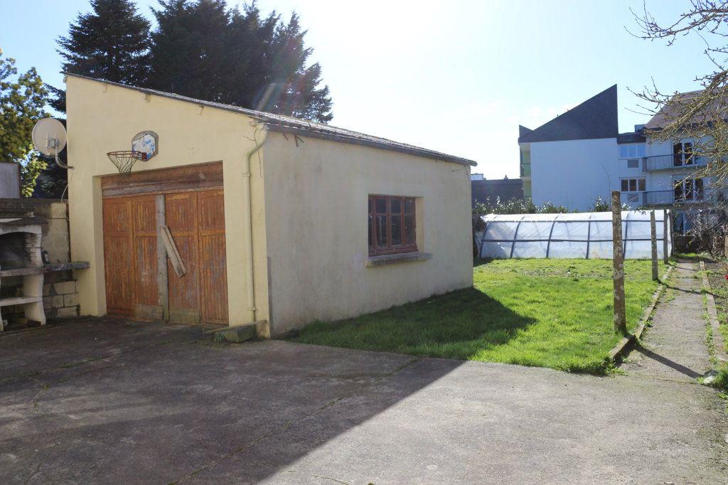 Maison à vendre 8 139m2 à Maël-Carhaix vignette-11