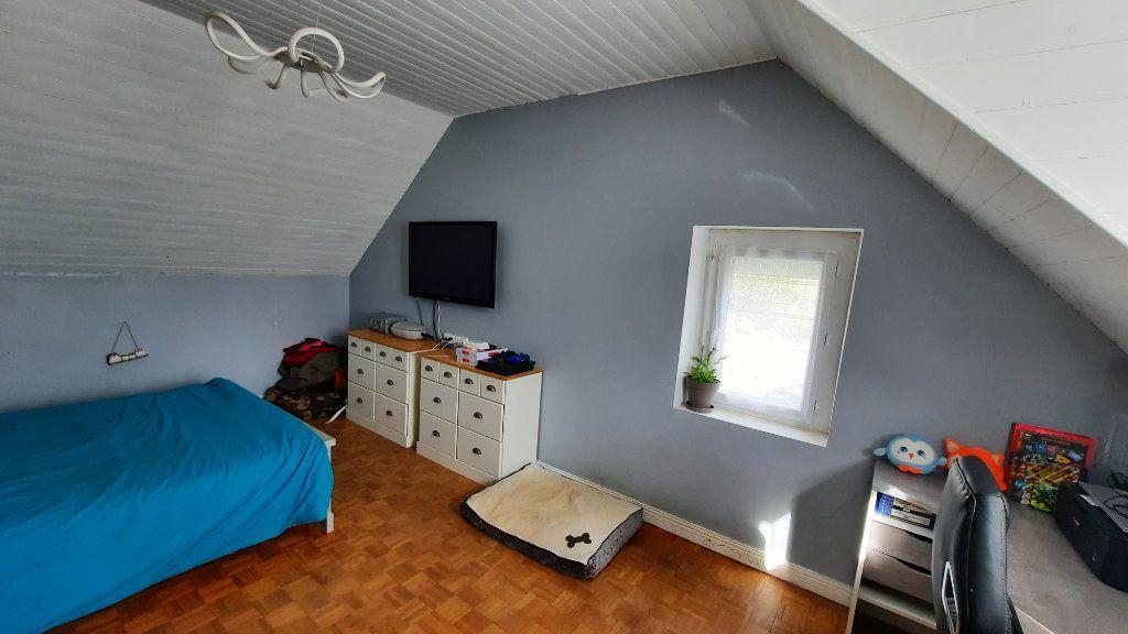 Maison à vendre 5 113m2 à Kergloff vignette-5
