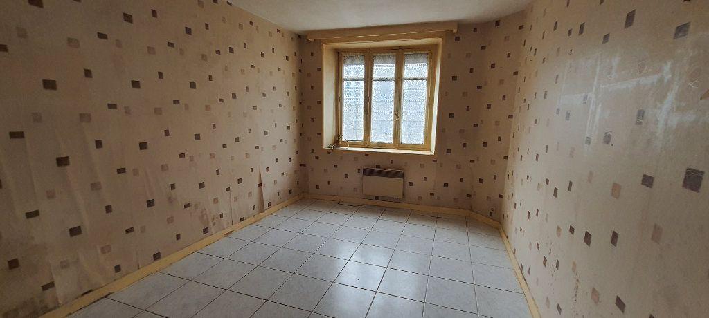 Maison à vendre 4 59m2 à Rostrenen vignette-2