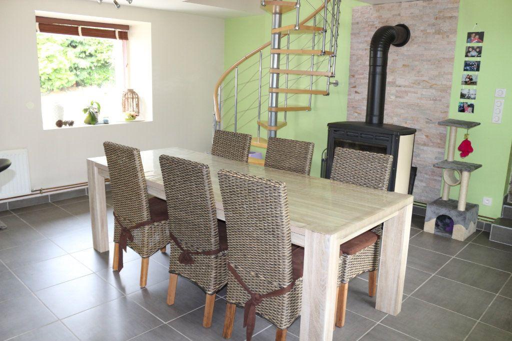 Maison à vendre 6 155m2 à Rostrenen vignette-4