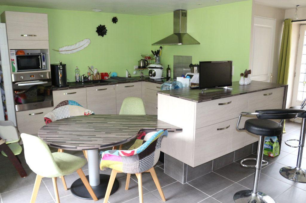 Maison à vendre 6 155m2 à Rostrenen vignette-5