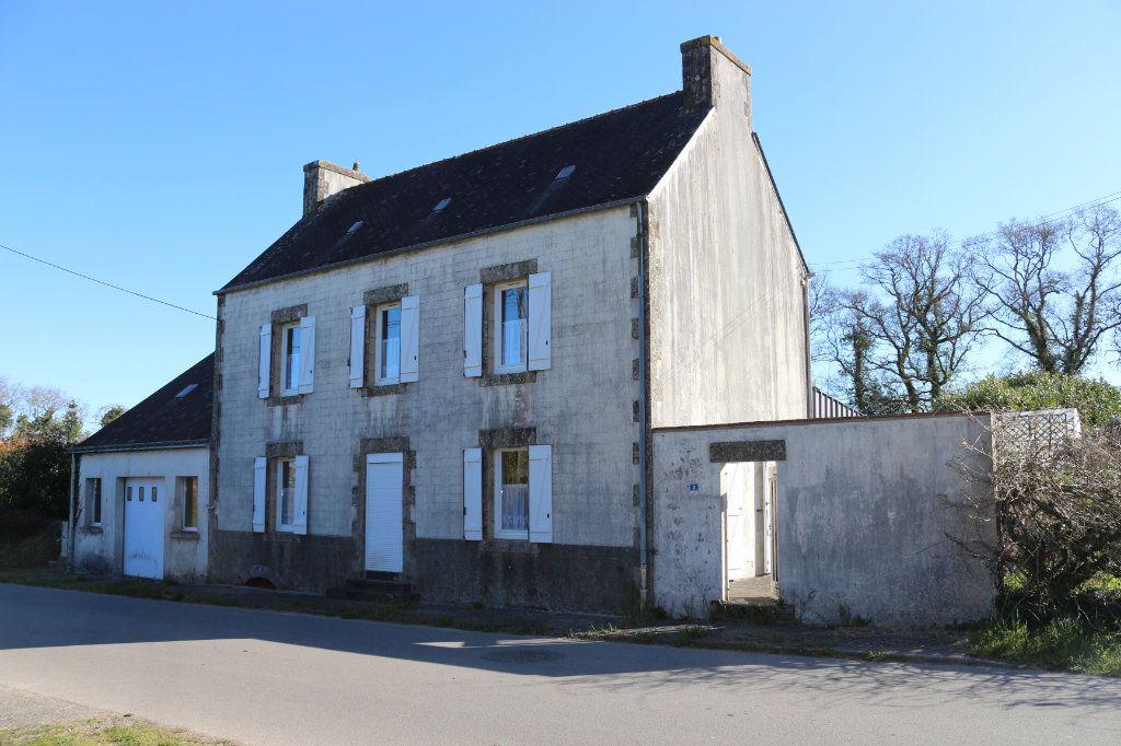 Maison à vendre 7 129.19m2 à Rostrenen vignette-1