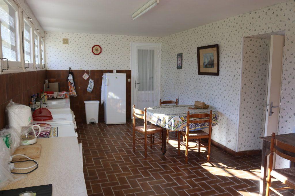 Maison à vendre 7 129.19m2 à Rostrenen vignette-3