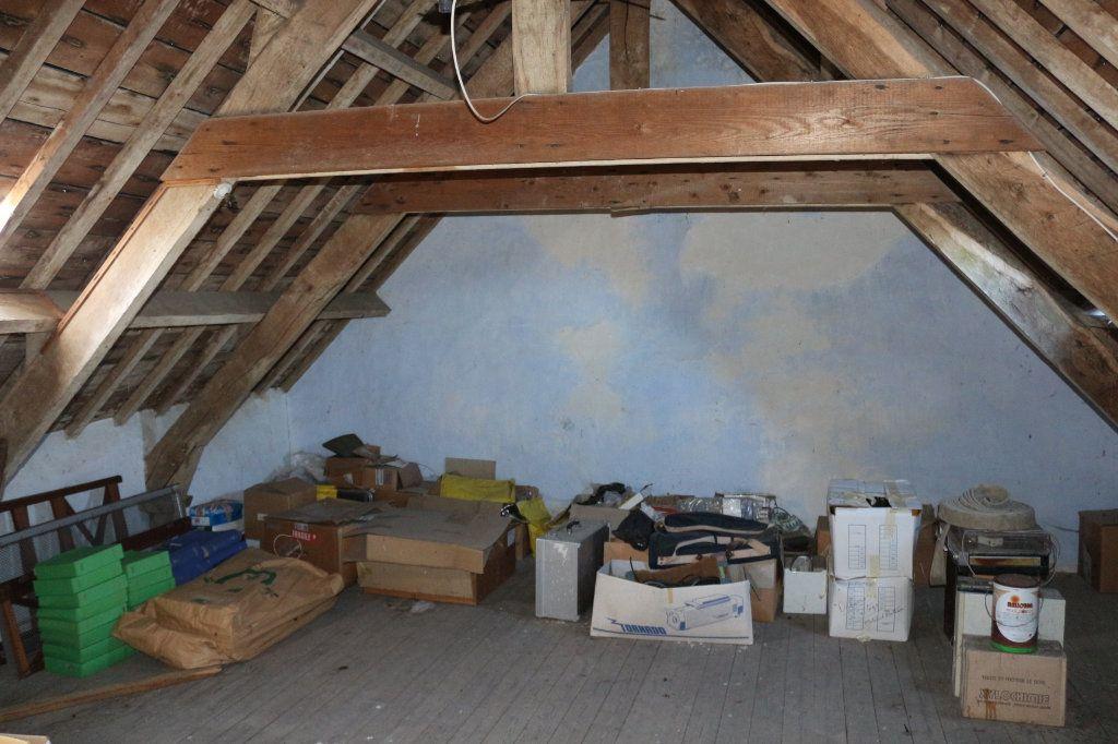 Maison à vendre 7 129.19m2 à Rostrenen vignette-10
