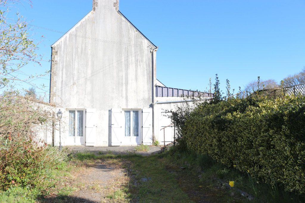 Maison à vendre 7 129.19m2 à Rostrenen vignette-13
