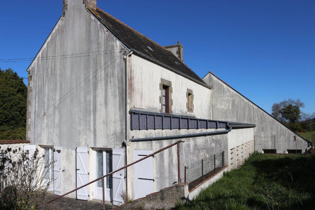 Maison à vendre 7 129.19m2 à Rostrenen vignette-14