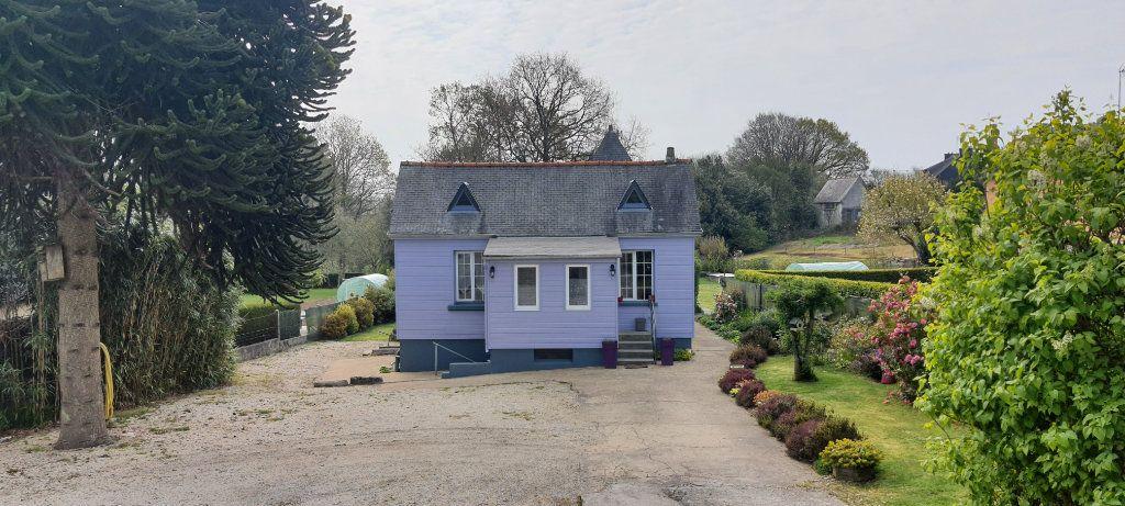 Maison à vendre 4 58m2 à Rostrenen vignette-1