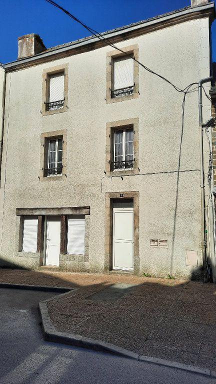 Immeuble à vendre 0 72m2 à Carhaix-Plouguer vignette-1