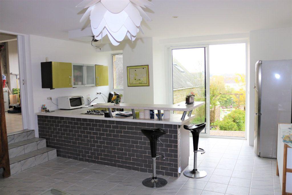 Maison à vendre 9 220m2 à Rostrenen vignette-3