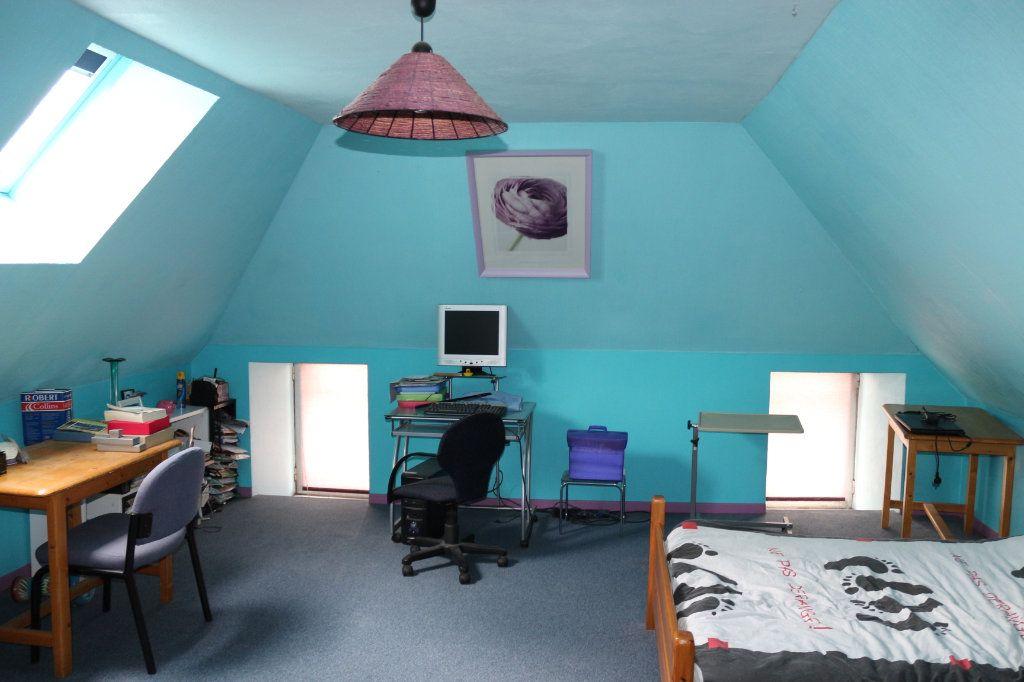 Maison à vendre 9 220m2 à Rostrenen vignette-10
