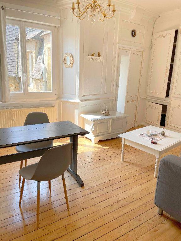 Appartement à louer 2 45.7m2 à Guingamp vignette-2