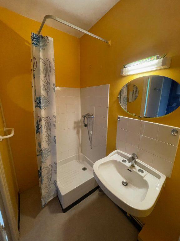 Appartement à louer 1 25.14m2 à Gourin vignette-5