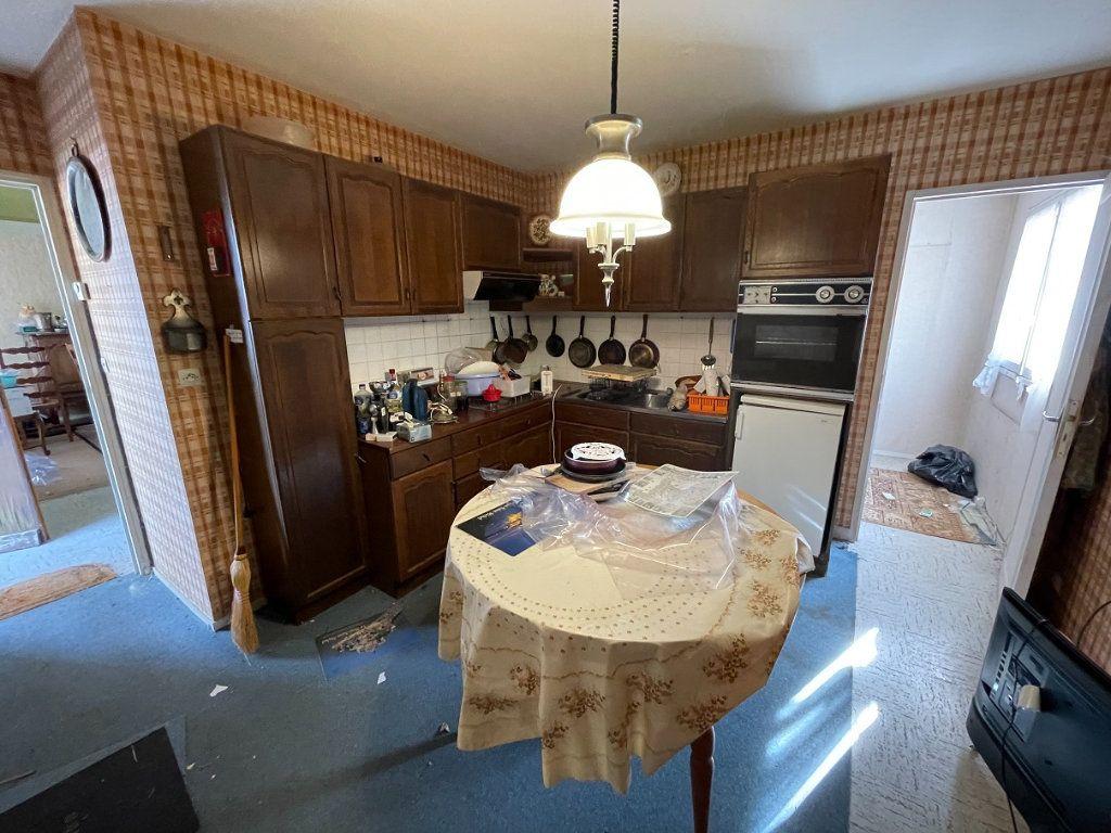 Maison à vendre 5 79m2 à Rostrenen vignette-3