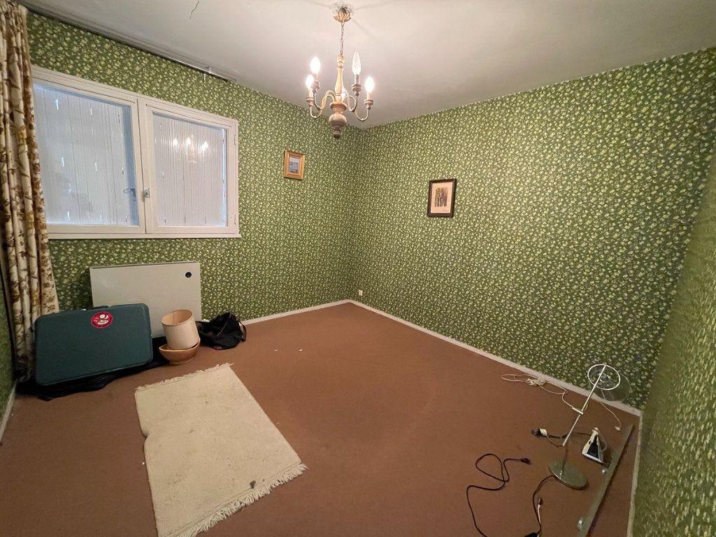 Maison à vendre 5 79m2 à Rostrenen vignette-4