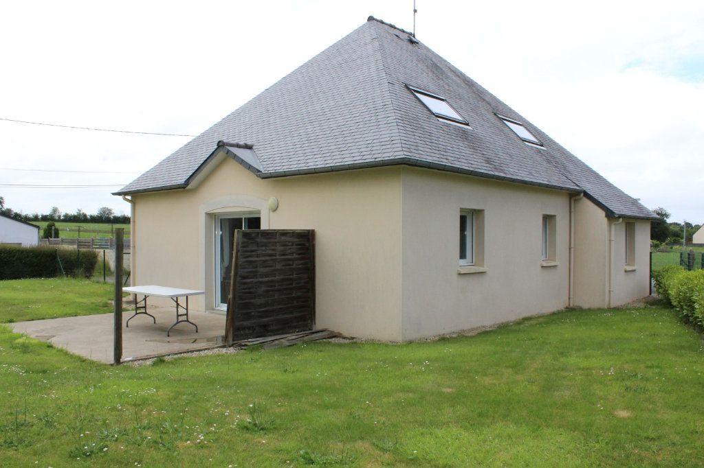 Maison à vendre 4 102.63m2 à Lantic vignette-1