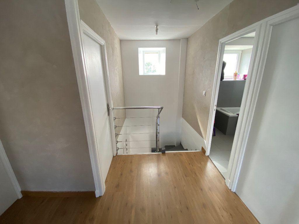 Maison à vendre 7 126m2 à Goudelin vignette-13