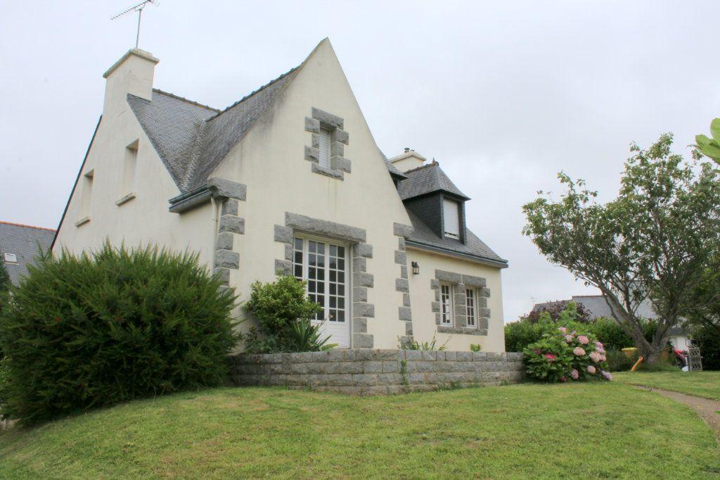 Maison à vendre 6 138m2 à Saint-Brieuc vignette-1