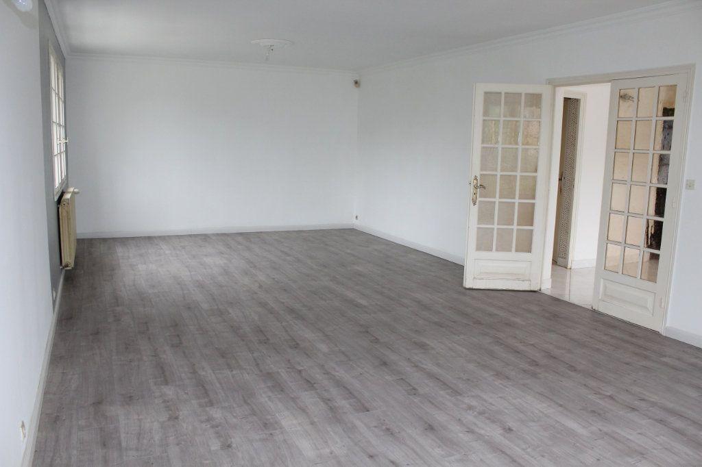 Maison à vendre 6 138m2 à Saint-Brieuc vignette-3