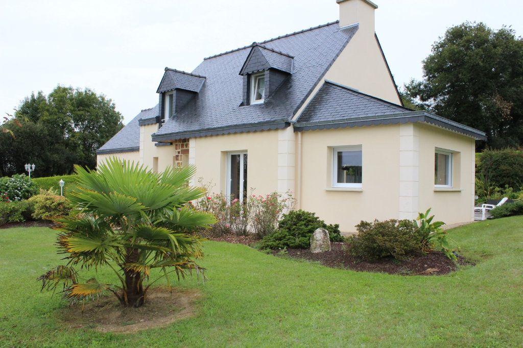 Maison à vendre 7 141.69m2 à Plédran vignette-1