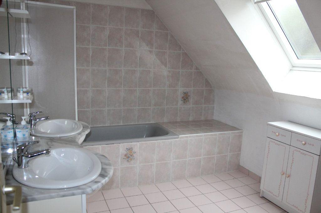 Maison à vendre 7 141.69m2 à Plédran vignette-14