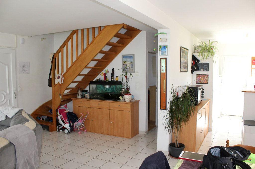 Maison à vendre 6 100.3m2 à Pléguien vignette-6
