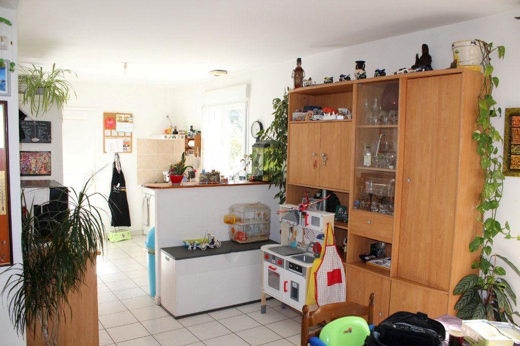 Maison à vendre 6 100.3m2 à Pléguien vignette-8
