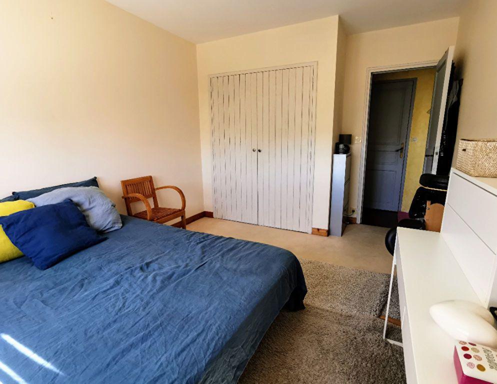 Appartement à vendre 4 87.05m2 à Saint-Nazaire vignette-4