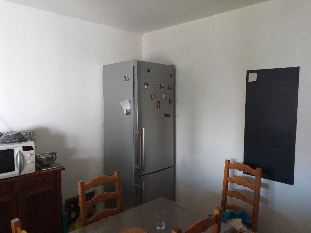 Maison à vendre 4 101.511m2 à Saint-Nazaire vignette-5