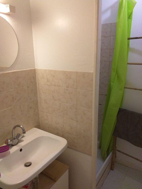 Maison à vendre 4 101.511m2 à Saint-Nazaire vignette-9