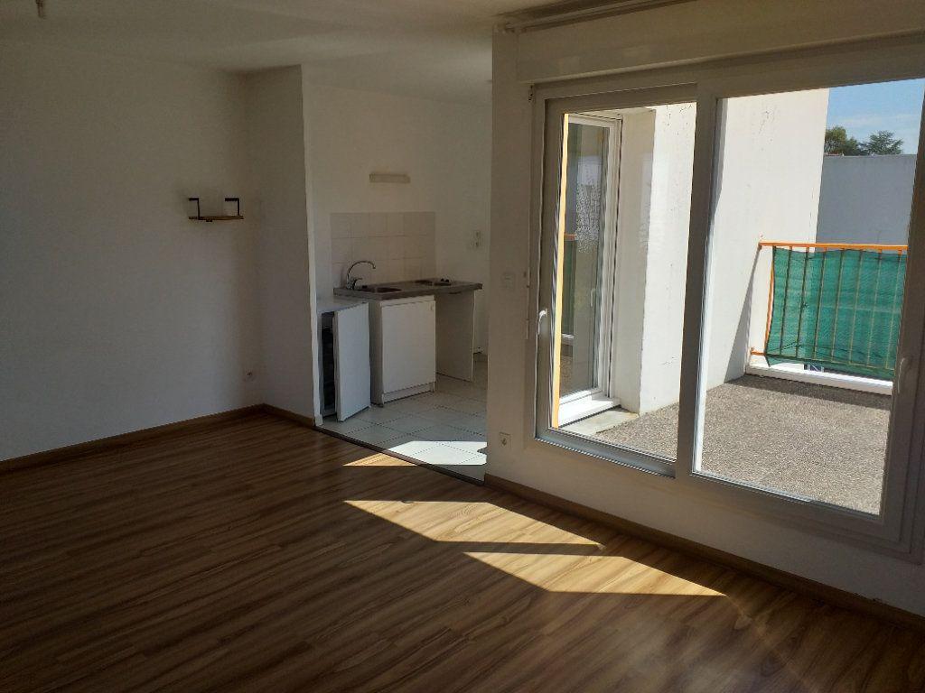 Appartement à vendre 2 53.67m2 à Saint-Nazaire vignette-2