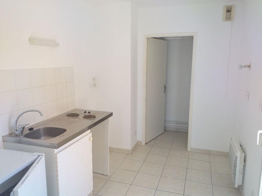 Appartement à vendre 2 53.67m2 à Saint-Nazaire vignette-3